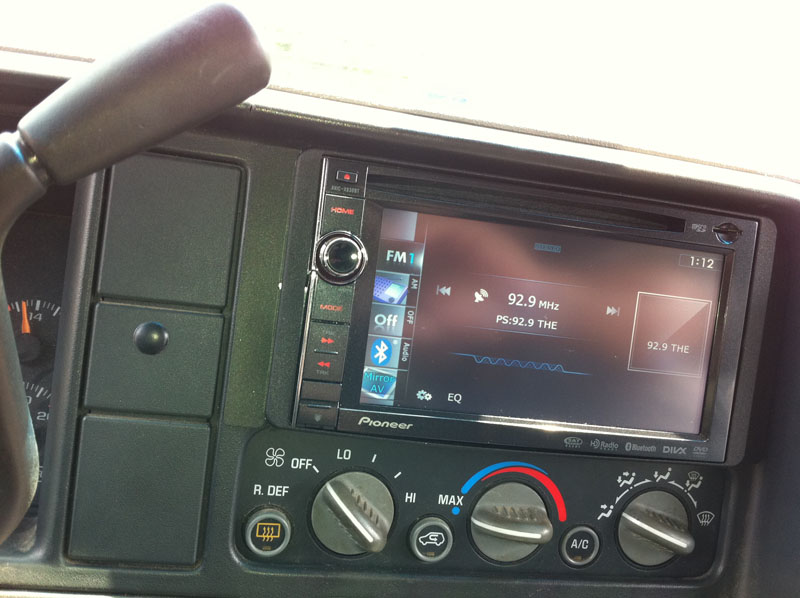 Chevrolet Truck Headunit Installation